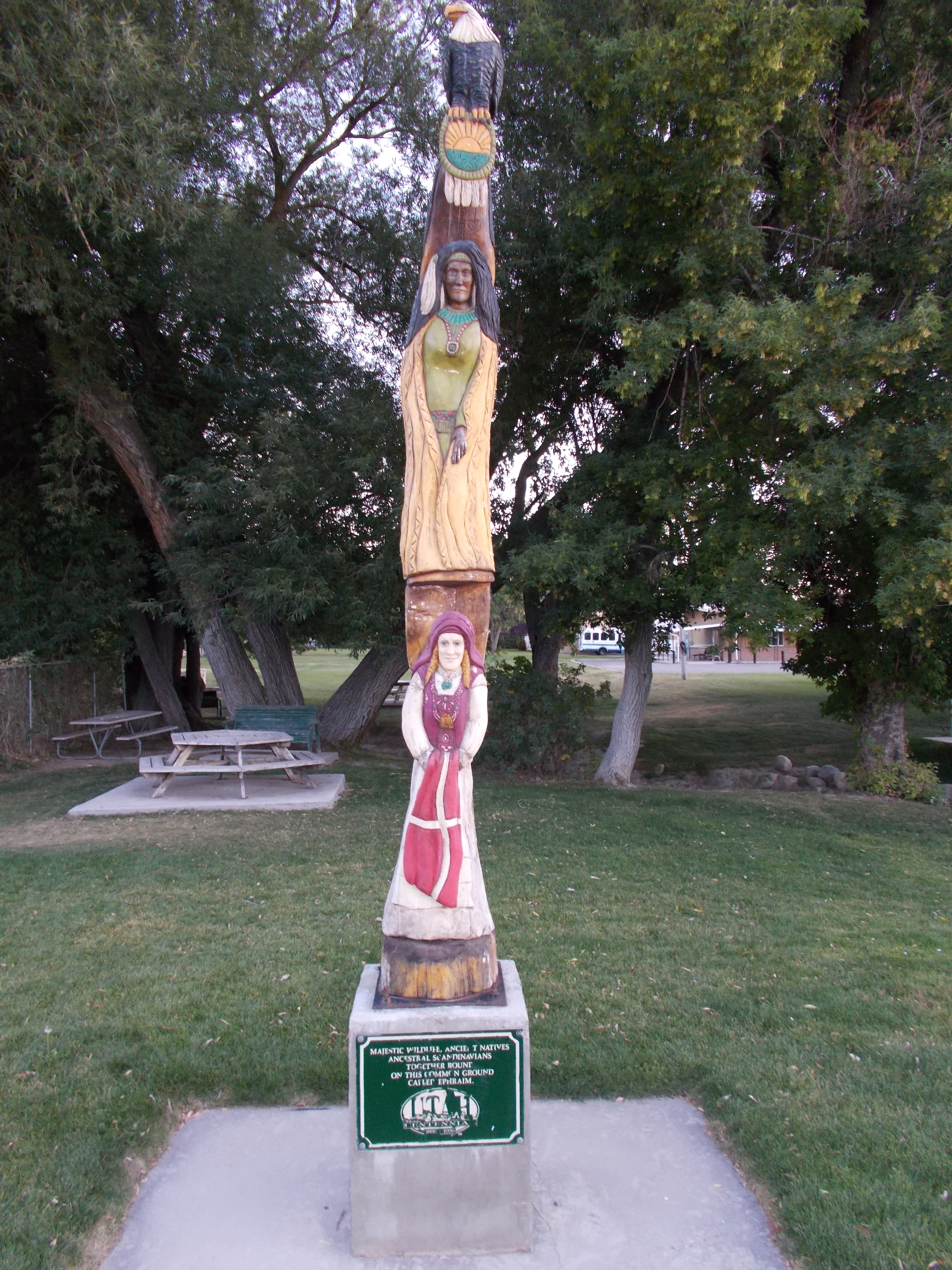 Ephraim Totem Pole. Taken by Shelly Lutes.