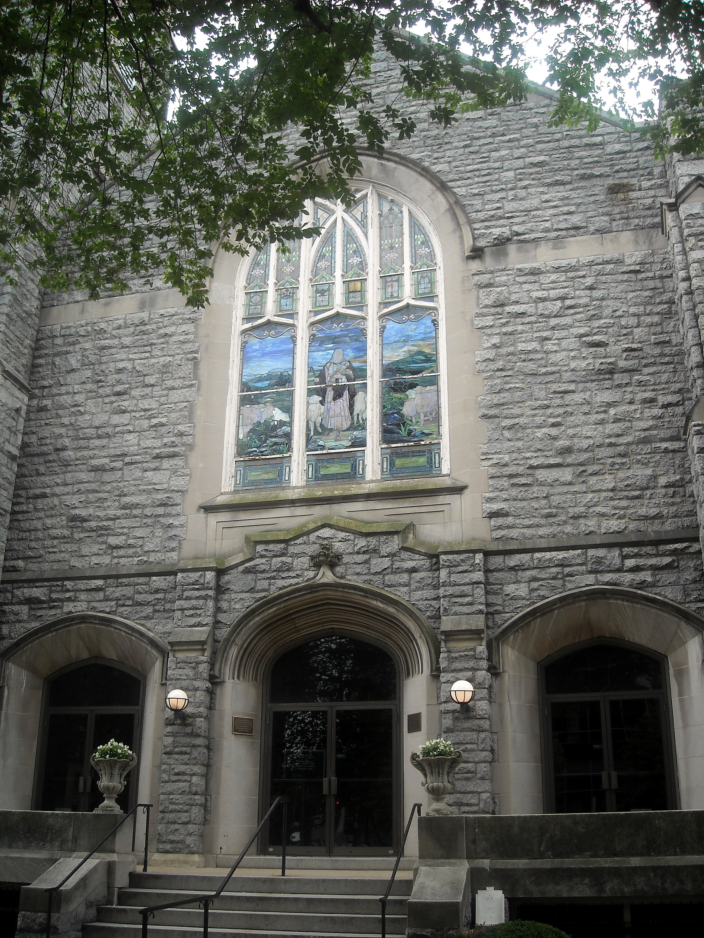 Exterior of the Asbury United Methodist Church