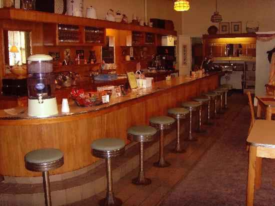 the bar/pub of Palmer Hotel