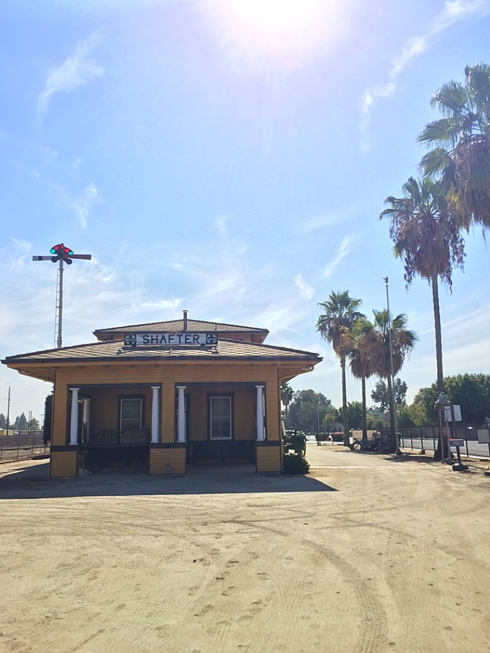 Entering the Shafter Depot Museum