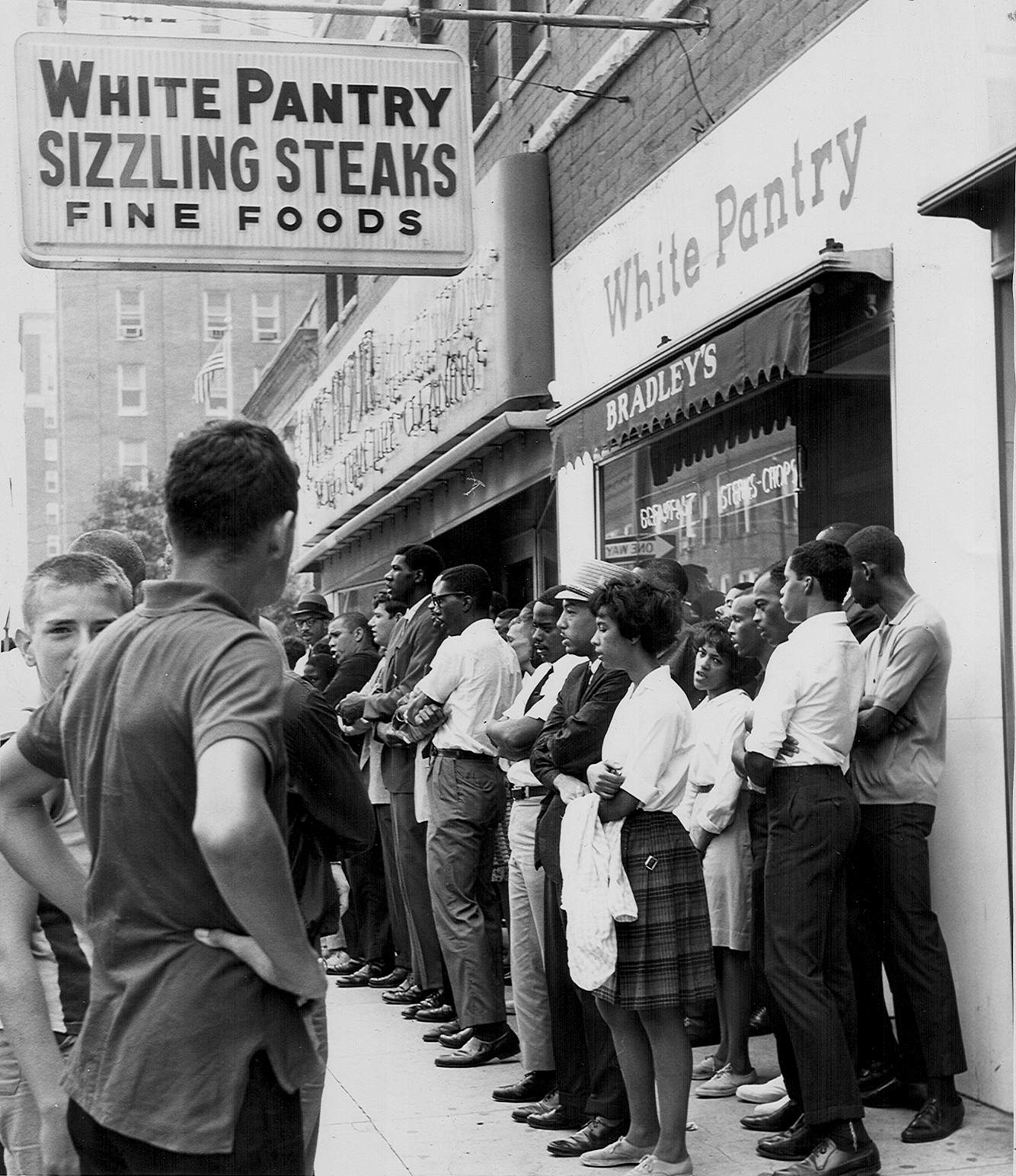 Marshall students and other members of the Civic Interest Progressives held several protests in front of the White Pantry.