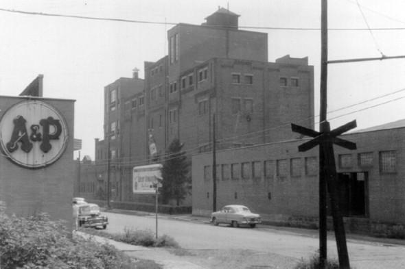 Fesenmeier Brewing Company circa 1956, ©1981 by Steve Fesenmaier
