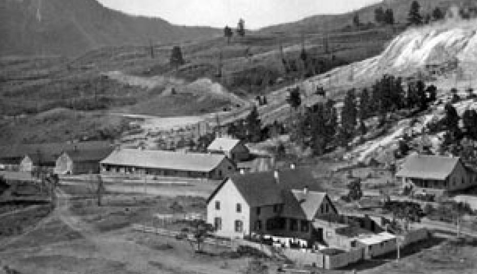 Fort Yellowstone in 1900