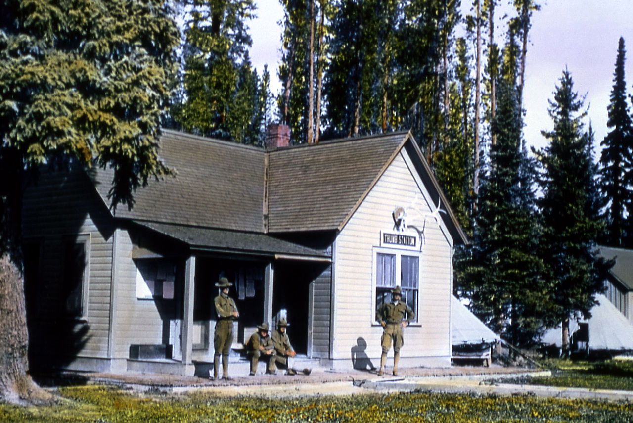 1904 photo of one of the remote soldier stations. This one was located in the West Thumb area