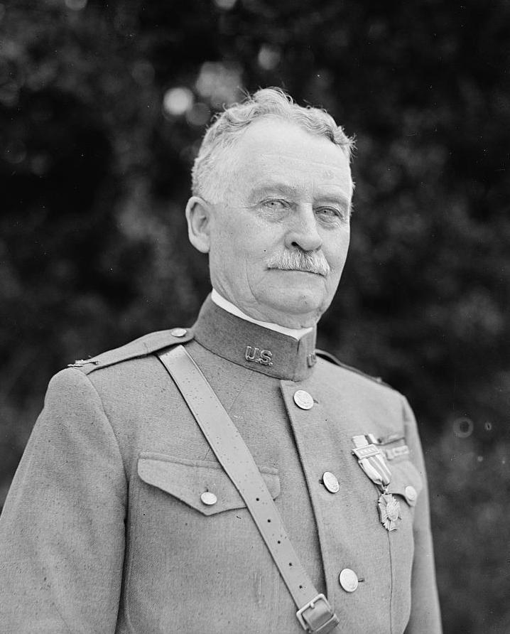 Colonel Lloyd M. Brett, Fort Yellowstone's last superintendent
