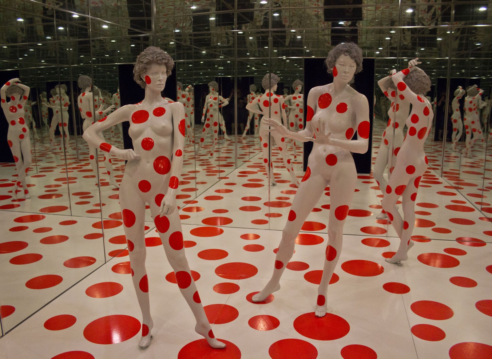 "Yayoi Kusama's ""Repetitive Vision"" within the Mattress Factory."