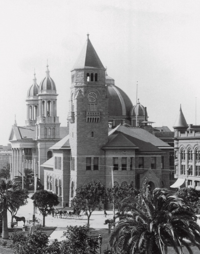 Historic photo of the building (image from the San Jose Museum of Art)