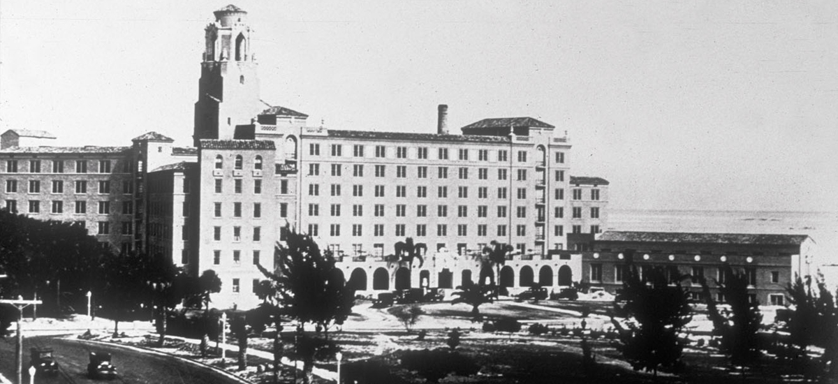 The Vinoy opened on New Year's Eve in 1925