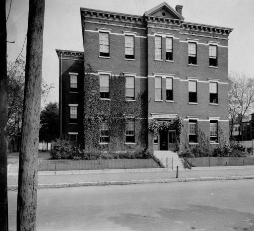 1923 photo of Kentucky Street School (Old Engelhard School)