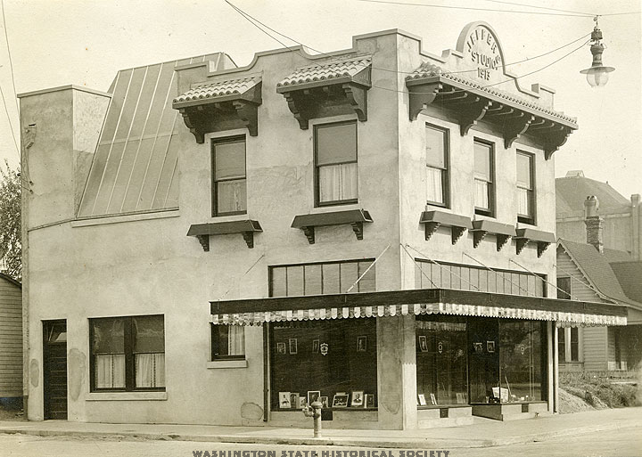Jeffers Building in the early 1900s