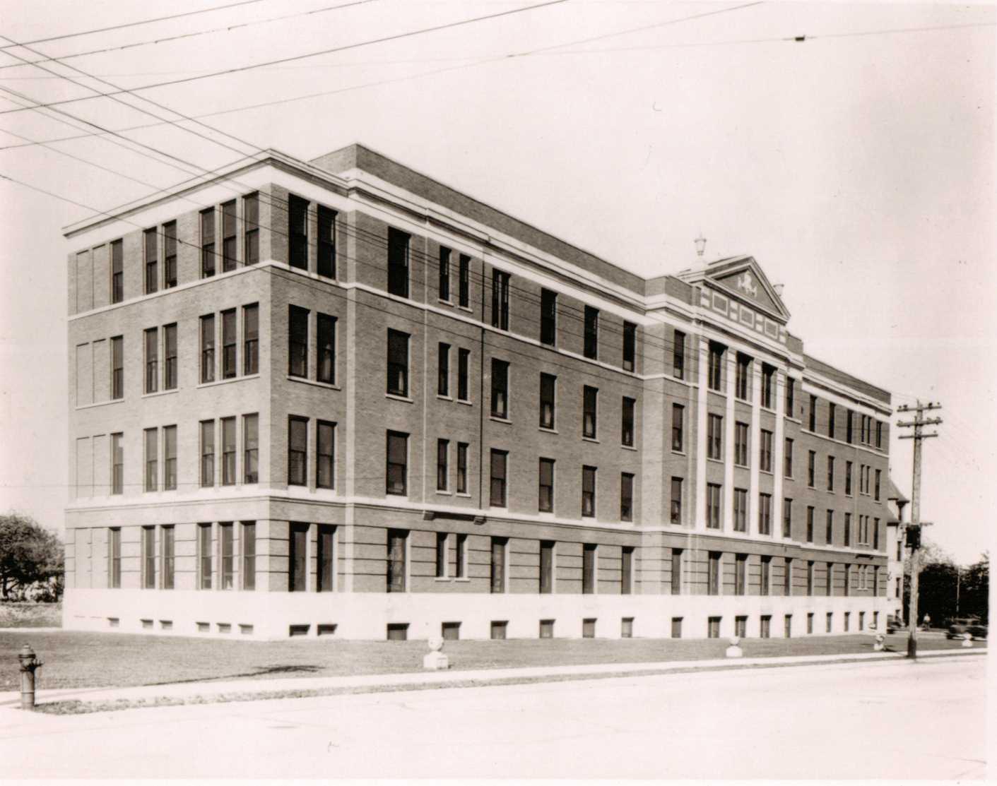 Four story brick addition 1935