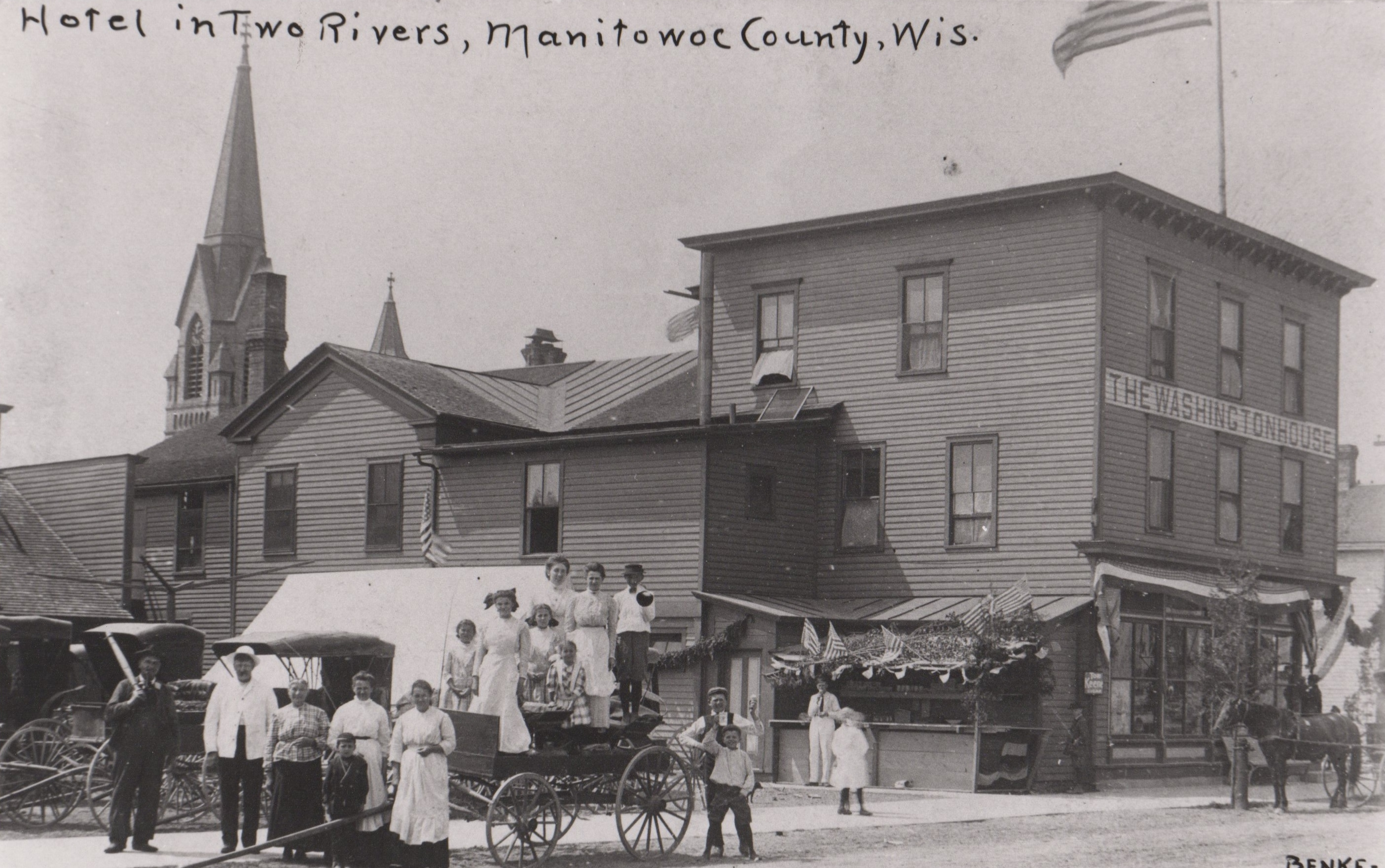 Old Black and White Photo of the Washington House in Two Rivers, WI.