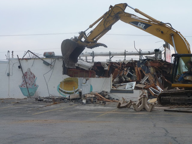 Demolition of the Penguin in 2012