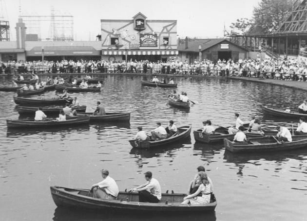 A vintage picture of Kennywood Lagoon.