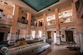 This is a picture of the inside of Harder Hall. It looks like this is somewhere such as the lobby.