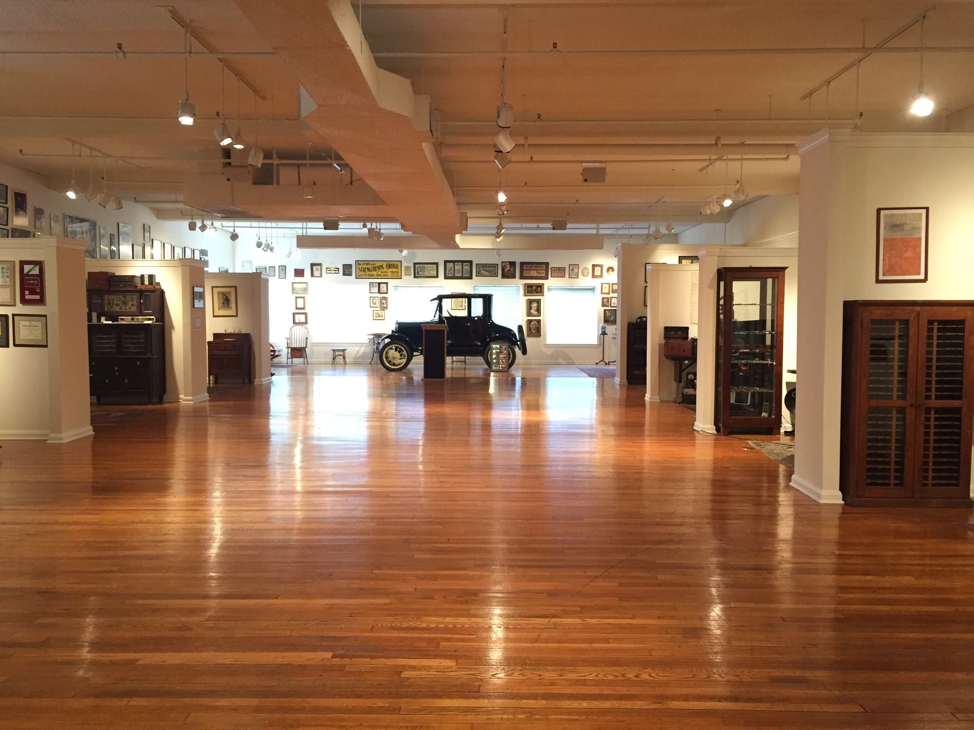 To the right are the galleries of microscopy, ophthalmology, cardiovascular, etc. To the left is the physician's examining room, dentistry and wheelchairs, etc. The car is a completely restored 1926 Ford Model T known as the Doctor's Coupe.