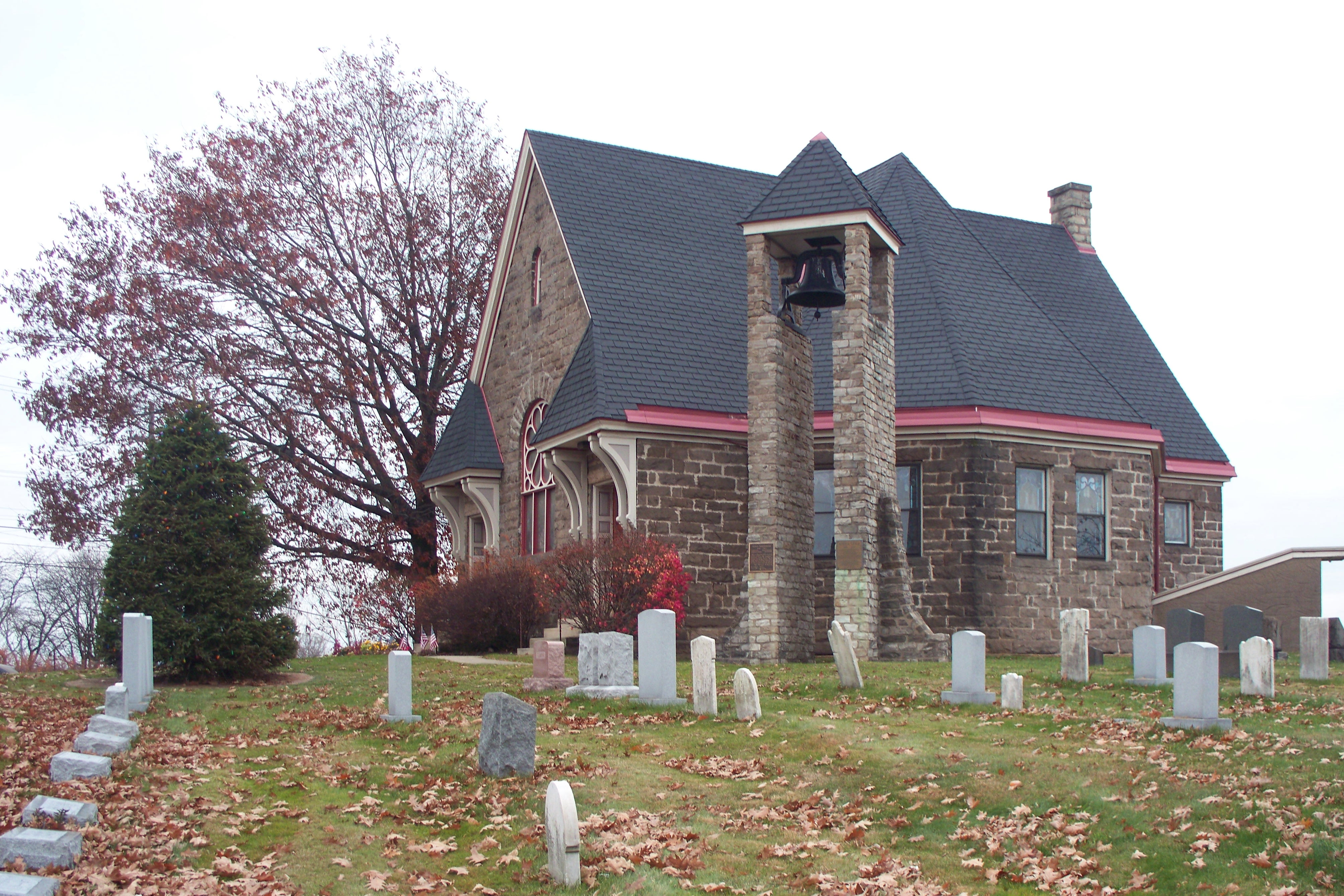 Church with surrounding Crossroads Cemetery.
