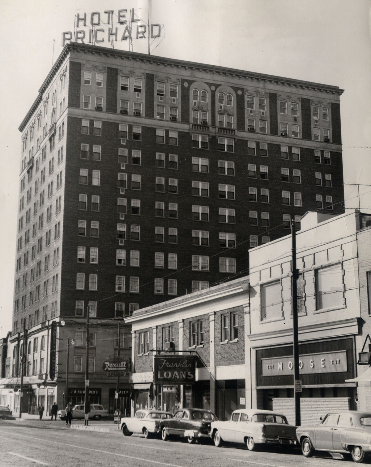 The hotel in the 1950s. Many high school students remember attending proms and dances at the hotel.