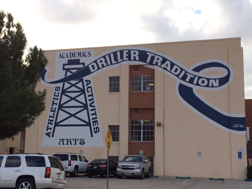 Driller Mural Donated by Class of 1999.