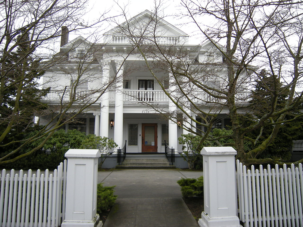 The Roland Hartley House is a well-preserved historic home designed in the Classical Revival style. It was the home of two-term Governor Roland Hartley.