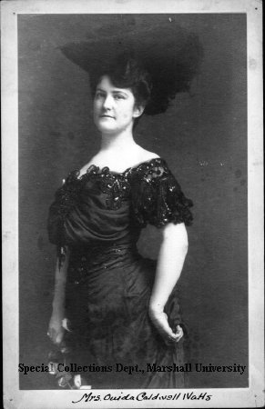 Onida Caldwell-Watts, circa 1900
