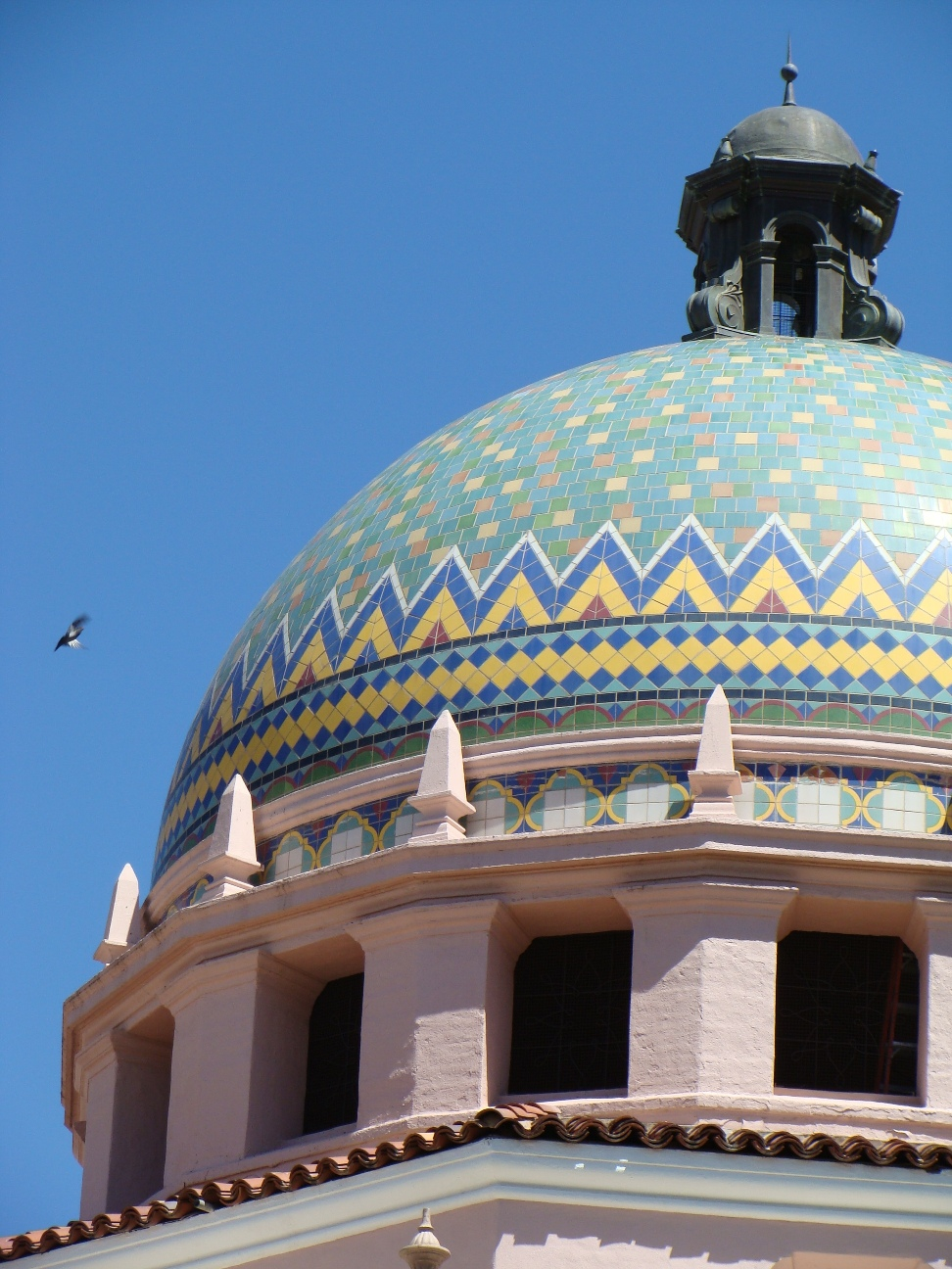When bids came in low to build the a new courthouse in 1928, the Board of Supervisors used the extra money to order tile for the 100-foot-tall dome.