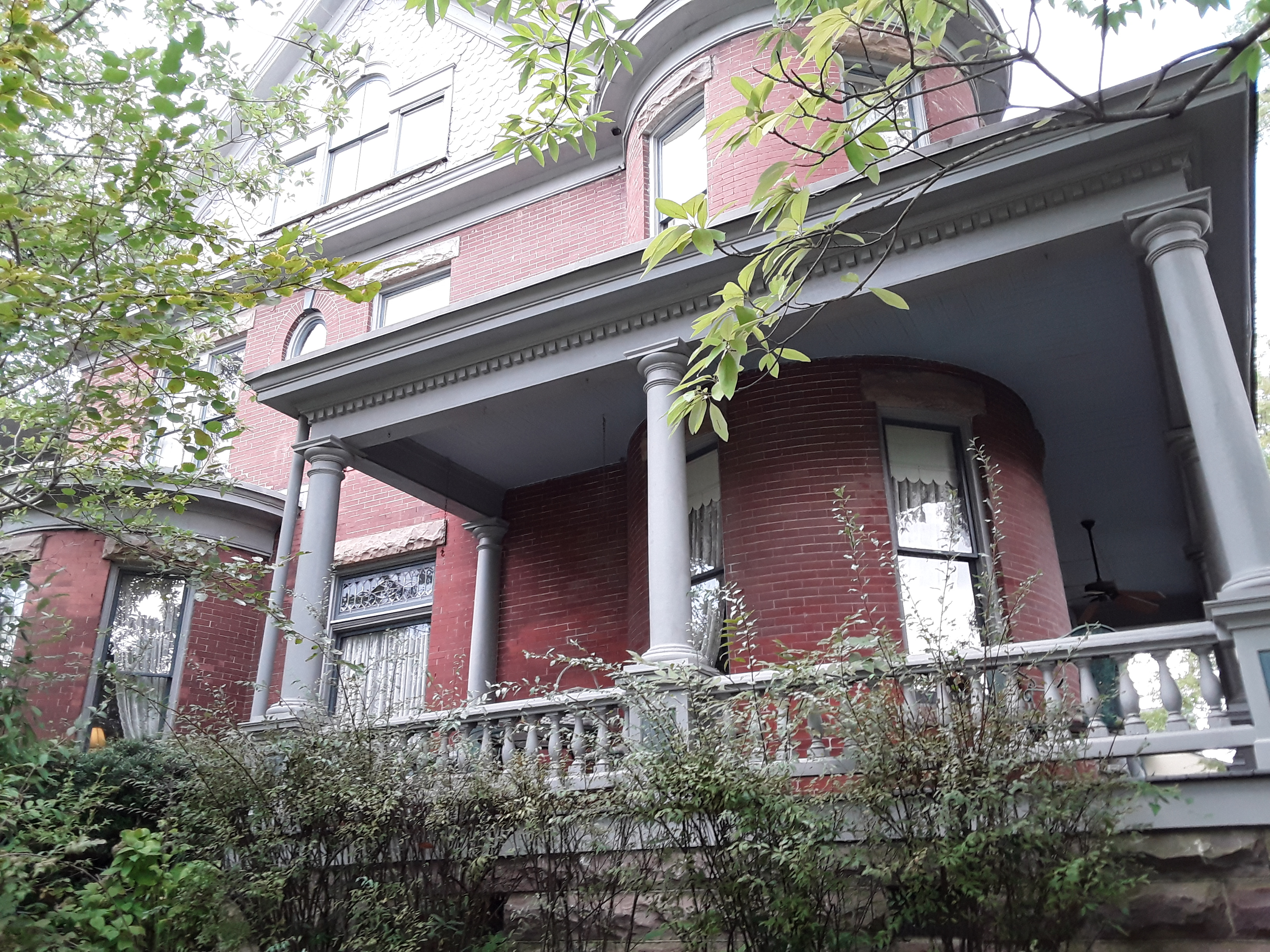 Dunklin House, side porch showing bay window