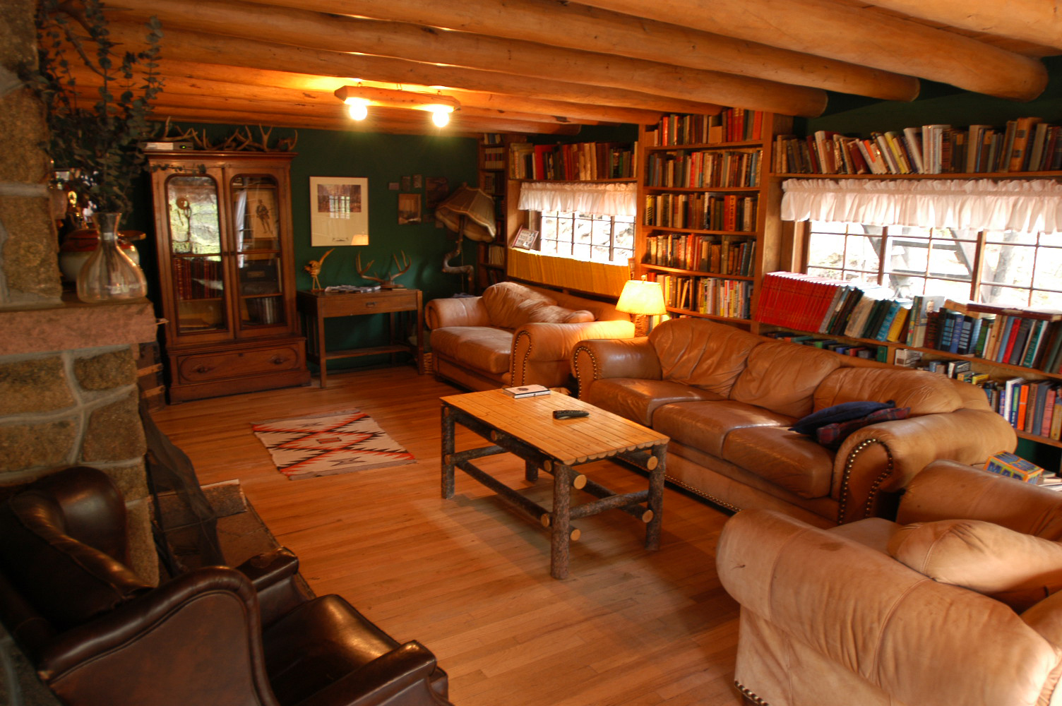 The inn features a cozy library