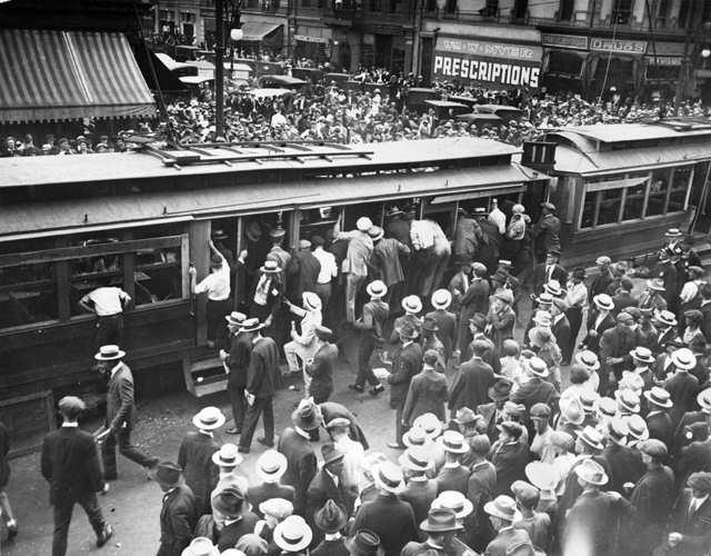 Protesters attacked the property of the Tramway company on the fifth day of the strike.