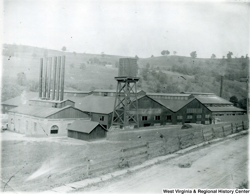 The original Seneca Glass building - 1900
