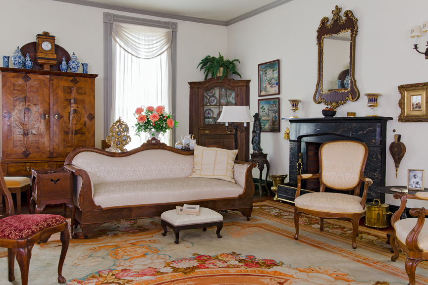 House, interior, parlor