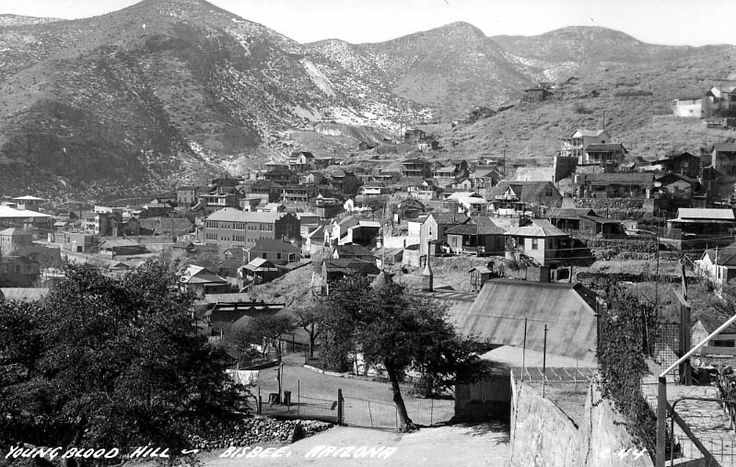 1926 photo of Bisbee's Youngblood Hill. Many of the original wooden stairs can be seen