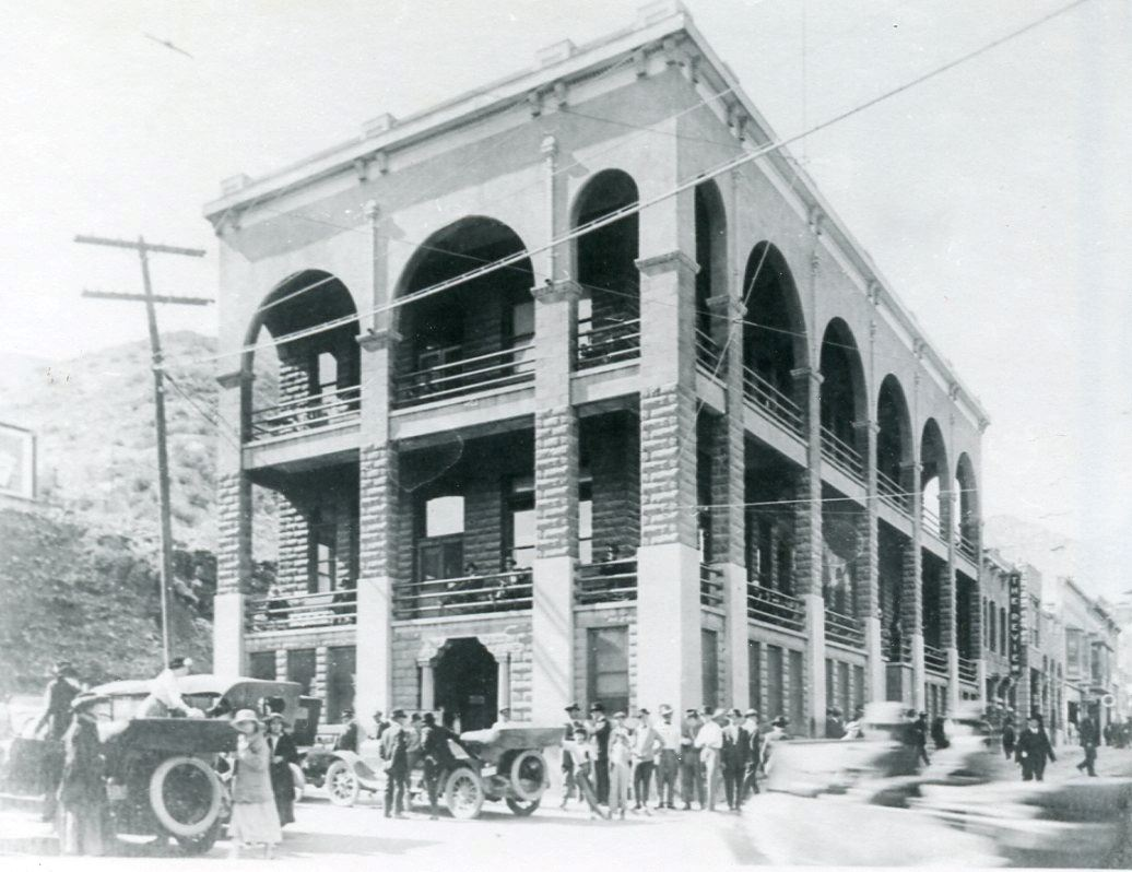 The current Copper Queen Library circa 190s-1920s. Photo courtesty of the Bisbee Mining and Historical Museum