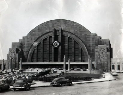Early photo of the terminal, circa 1950s-1960s