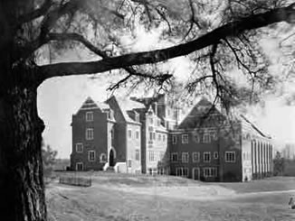 Keller Hall after its completion in 1936.