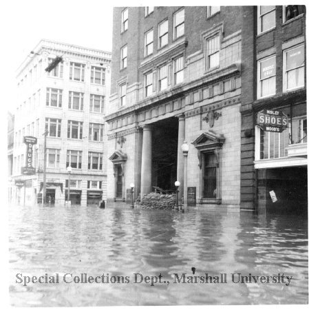 The bank during the flood of 1937