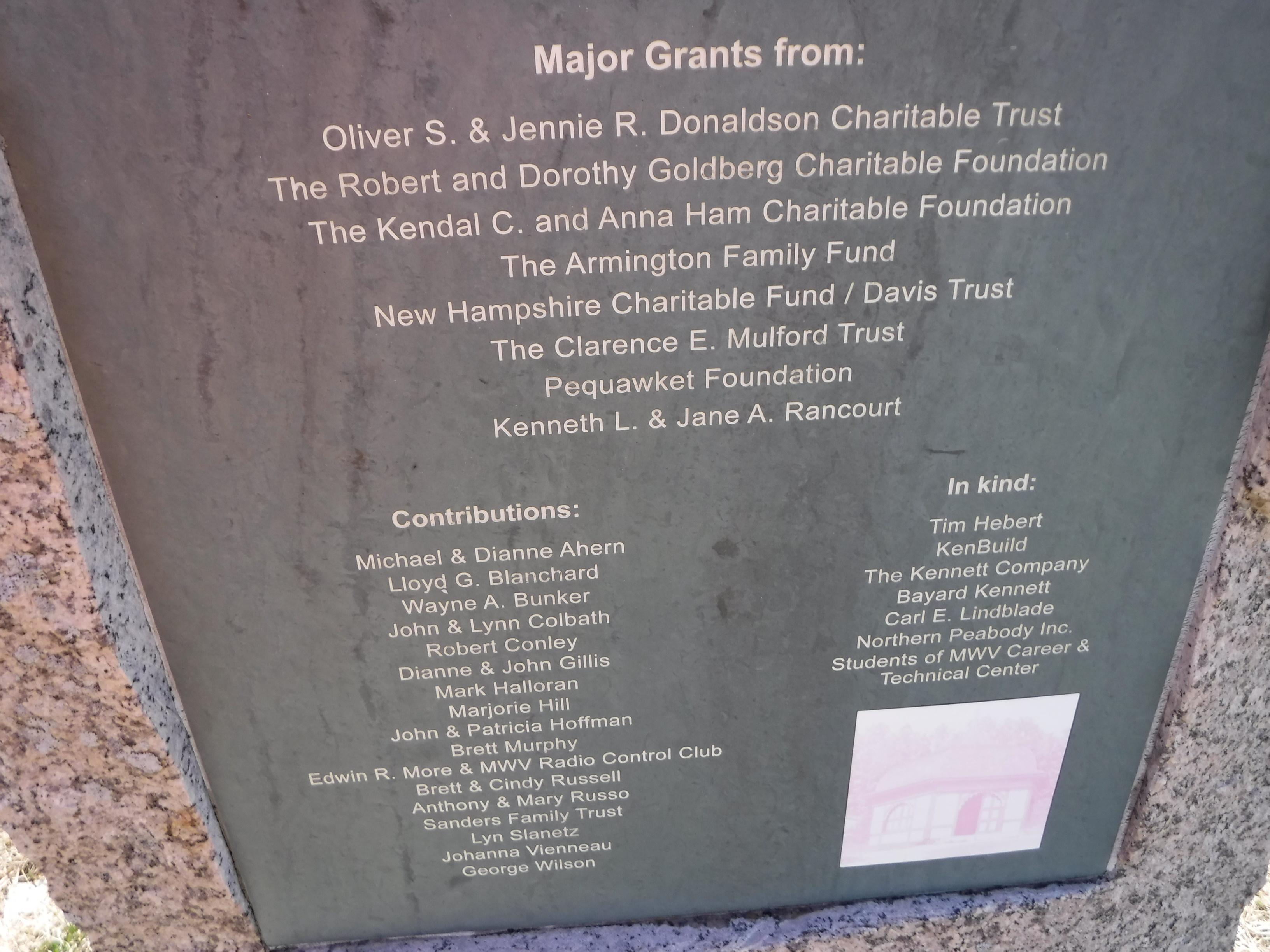 Bottom part of plaque