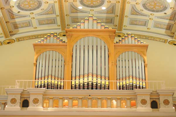 Odell organ in St. Joseph's (image from Wikipedia Commons)