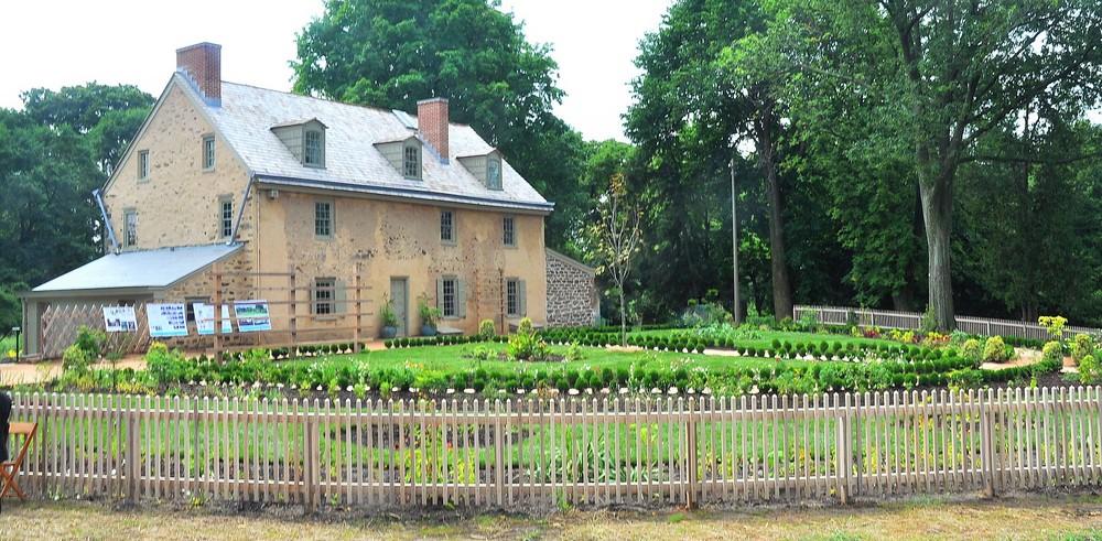 The rear of Bartram House, home to the Ann Bartram Carr Garden.