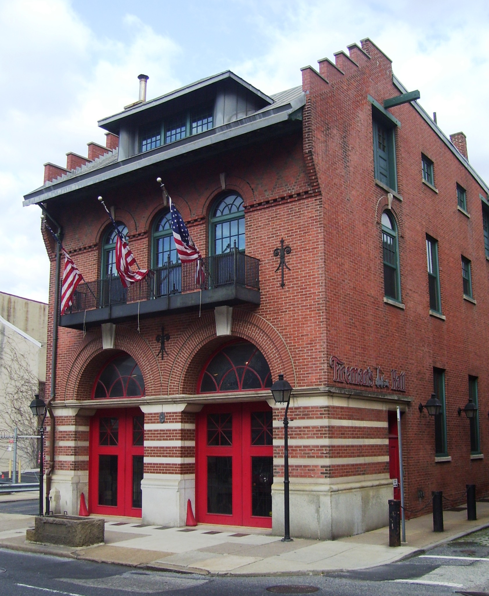 The old 1902 firehouse that's home to the Fireman's Hall Museum