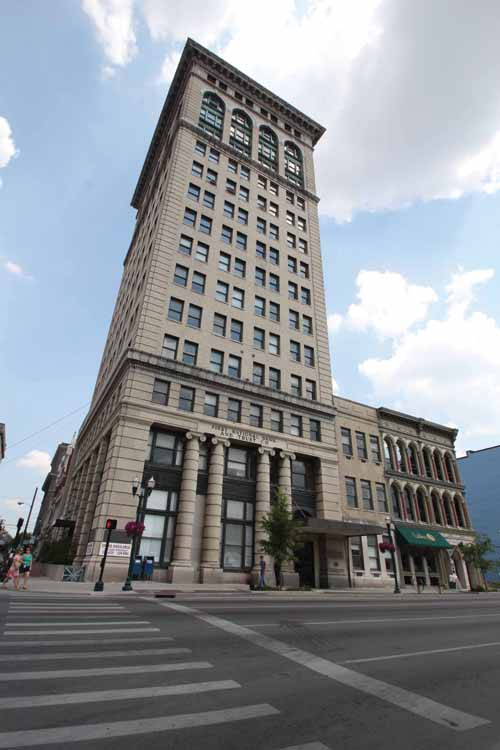 The First National Bank Building in downtown Lexington was the city's first skyscraper at 15 stories. The building is on the National Register of Historic Places.