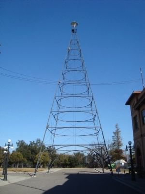 San Jose Electric Light Tower replica in History Park (image from Historical Marker Database)