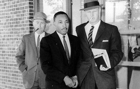 Martin Luther King, Jr. arrested in Atlanta following the protest