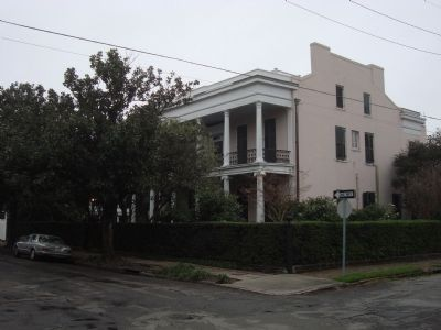 The house in which Davis died is located in the historic and affluent Garden District of New Orleans.