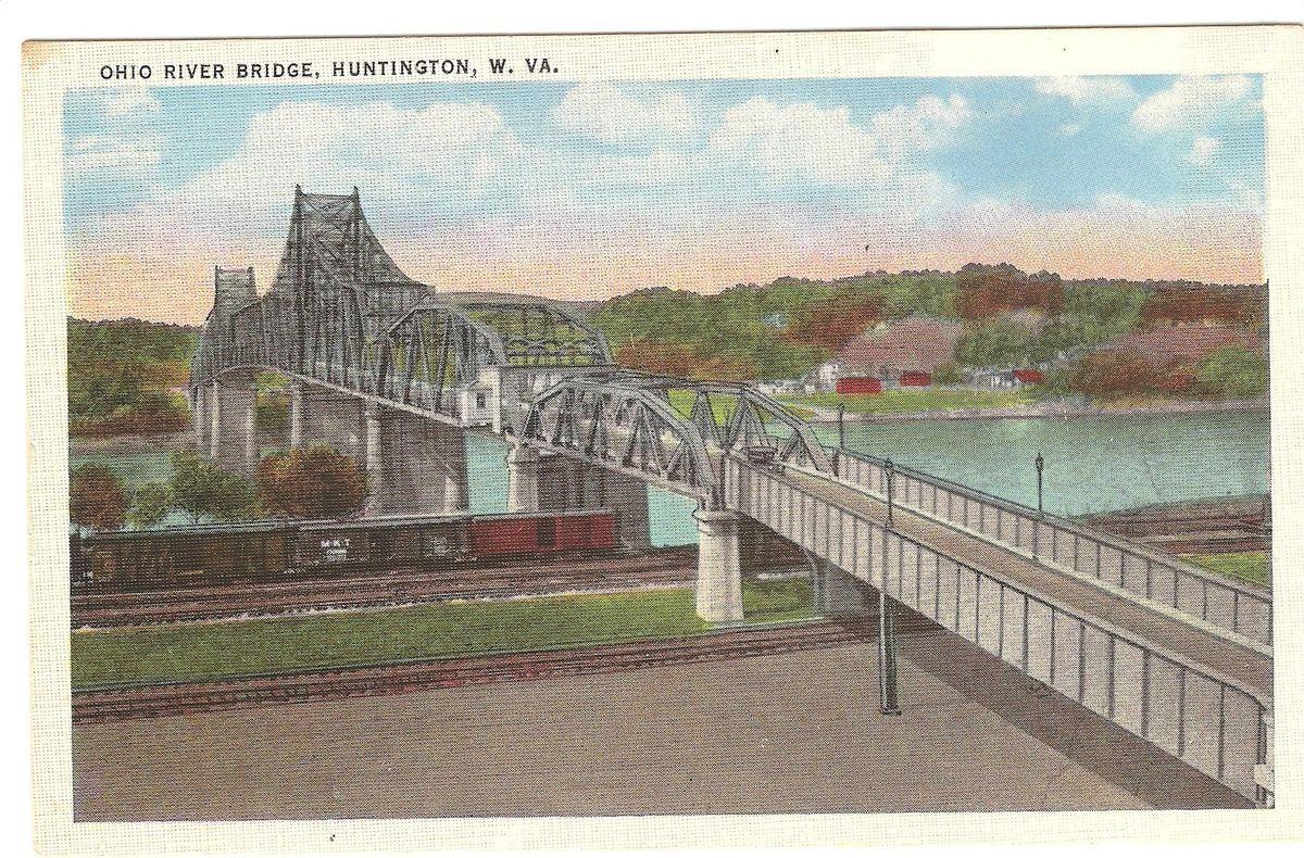 Postcard of the bridge in 1926