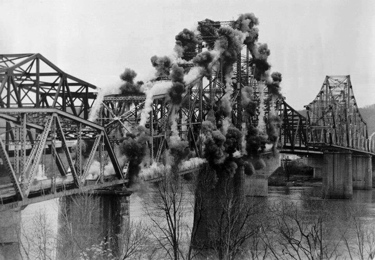 Photo of the demolition of the Sixth Street Bridge in 1994.