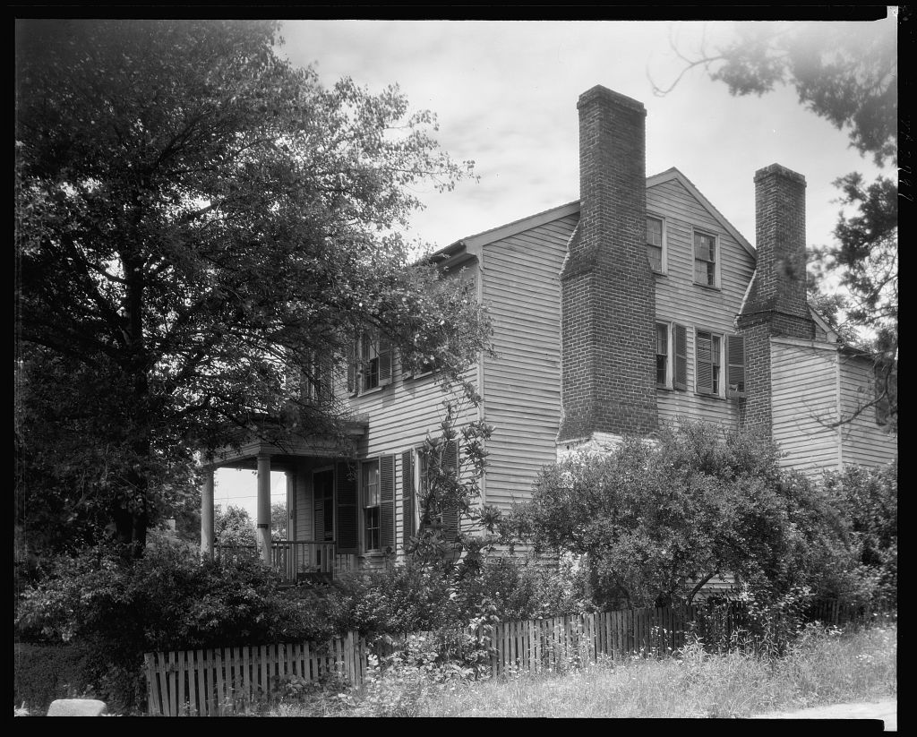 Barrett was born at Clifton (no longer standing), her parents' home in Stafford County, photograph by Frances Benjamin Johnson, courtesy of the Library of Congress.