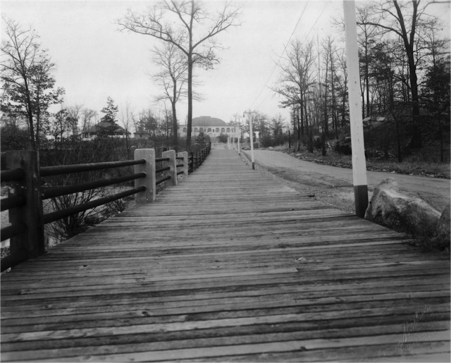Lakewood Boardwalk, facing the Park View. November 1937. Mattatuck Museum Collection.