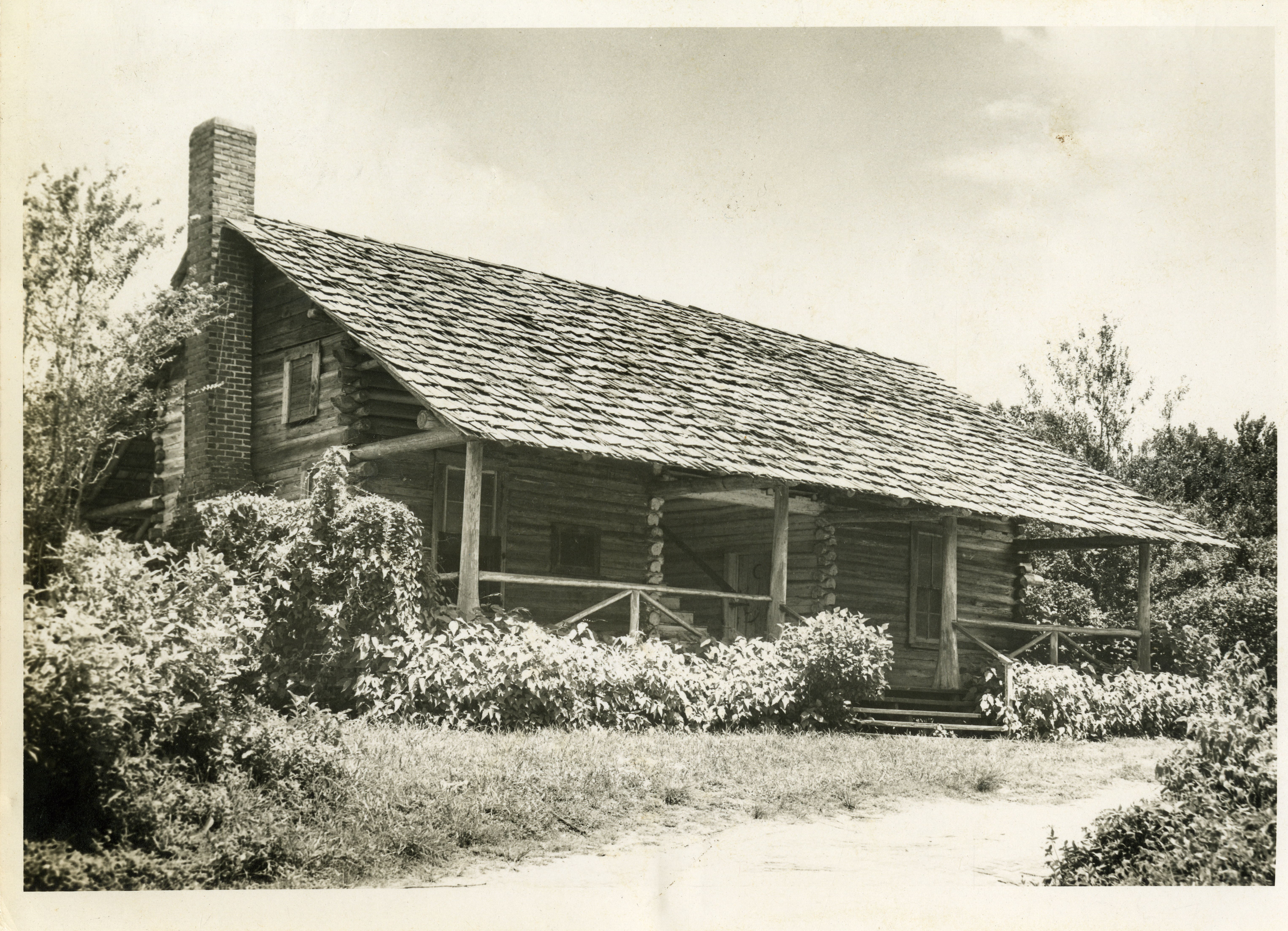 McMullen-Coachman Log Cabin, Clearwater, Florida, circa 1966.