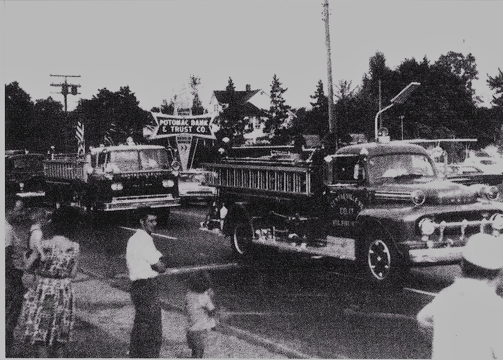 1960s Parade down Rt. 29 in Centreville. Looking south east toward Pickwick Road.